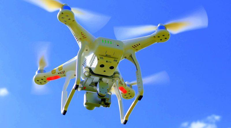 drone-1579120_960_720
