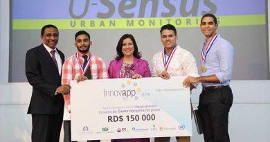 Grupo U-Sensus, ganadores del Primer Lugar.